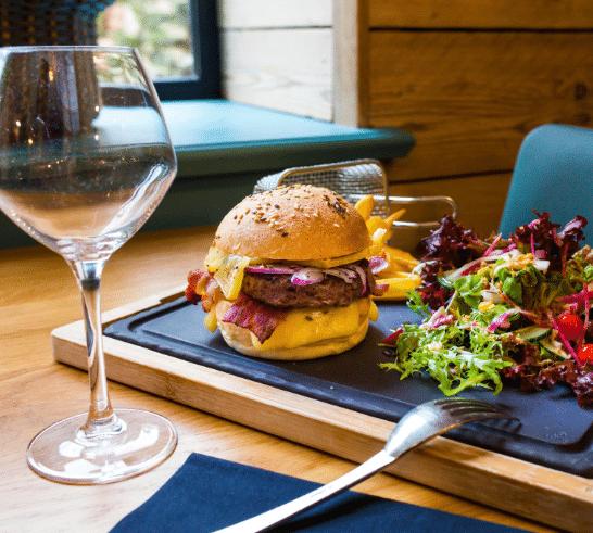 plat-burger-maison-restaurant-antidote-cherbourg@mathilde-mochon